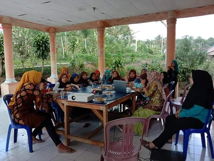 Cegah Pernikahan Anak Kader Kesehatan Desa Lakukan Sosialisasi