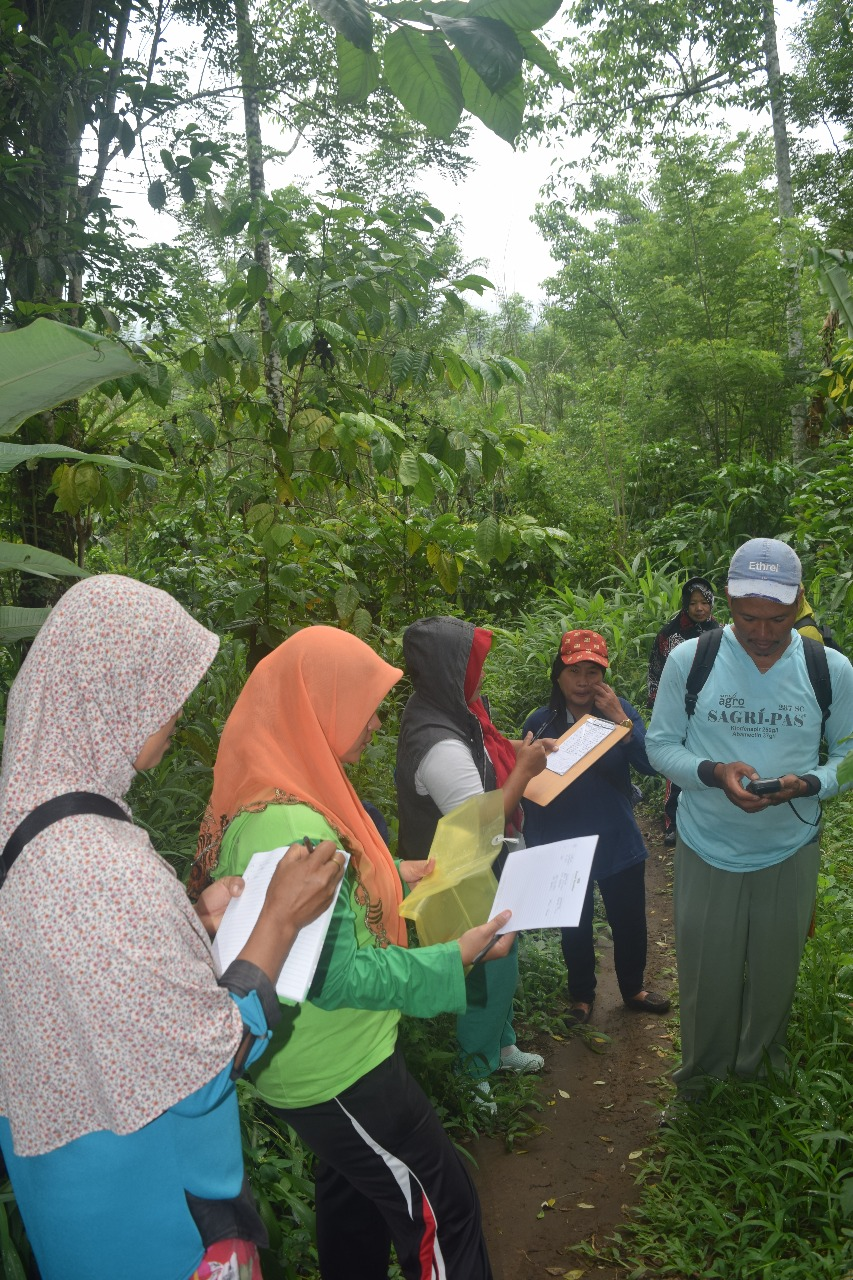 Kelompok Perempuan Alam Lestari (PAL) Laksanakan Pemetaan Rencana Kemitraan Pengelolaan Kawasan TWA Bukit Kaba