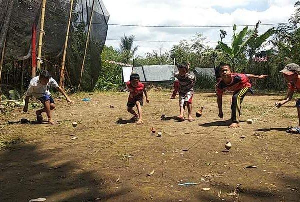 Meski Sederhana Pemerintah Desa Batu Ampar Tetap Meriahkan HUT RI Ke-75