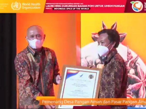 Batu Ampar Terima Penghargaan Sebagai Juara 3 Lomba Desa Pangan Aman Nasional